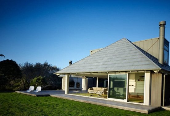 House-by-the-sea-in-New-Zealand-4.jpg