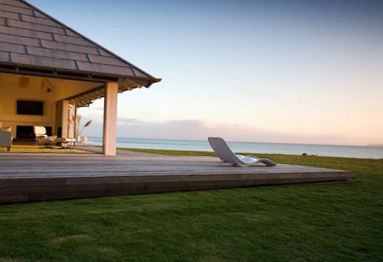 House-by-the-sea-in-New-Zealand-6.jpg