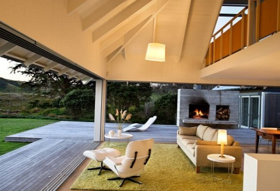 House-by-the-sea-in-New-Zealand-8.jpg