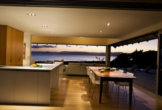 House-by-the-sea-in-New-Zealand-9.jpg