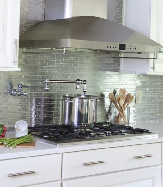 Light-kitchen-in-an-american-style-3.jpg