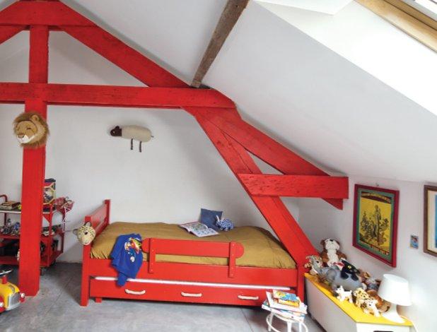 Modern-loft-in-a-former-barn-5.jpg