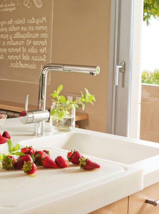 Modern-wooden-kitchen-3.jpg