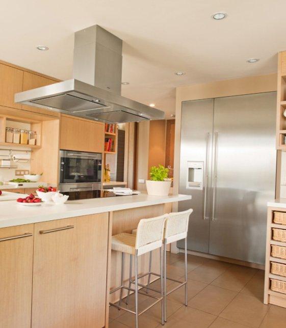 Modern-wooden-kitchen-5.jpg