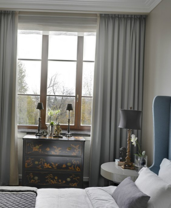 Soft-bedroom-with-views-of-the-waterfront-4.jpg
