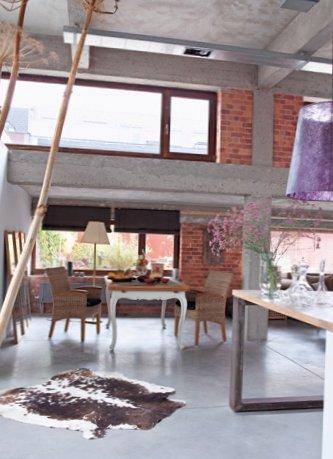 Spacious-loft-in-France-4.jpg