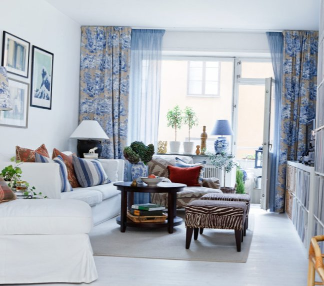 The-apartment-is-in-shades-of-blue-1.jpg