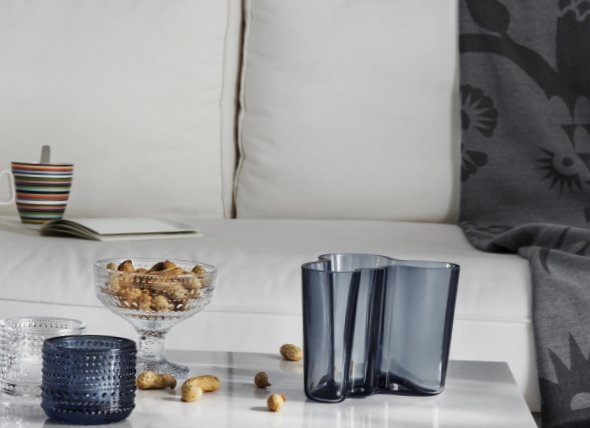 The-beautiful-Finnish-design-in-the-production-of-Iittala-3.jpg