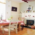 The-gentle-interior-in-England-thumbnail.jpg