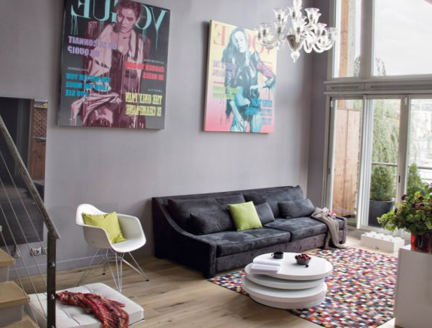 The-interior-is-in-grey-in-Paris-2.jpg
