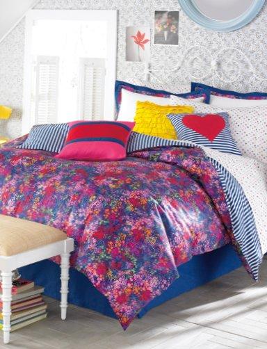Underwear-for-fun-bedrooms-16.jpg