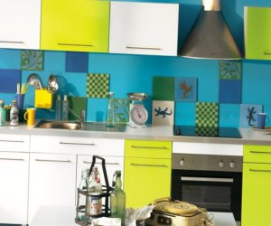 Very bright kitchen ideas – 13 photos