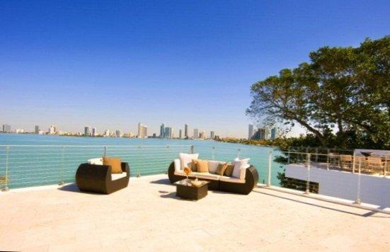Villa in Miami heat-3