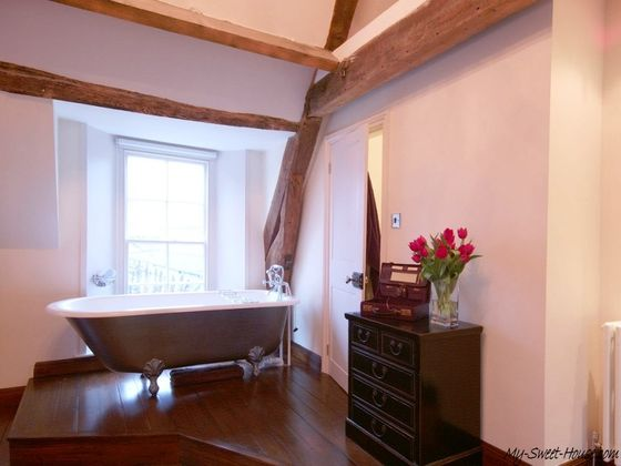 English_Style-Bathroom-Design-Photo1