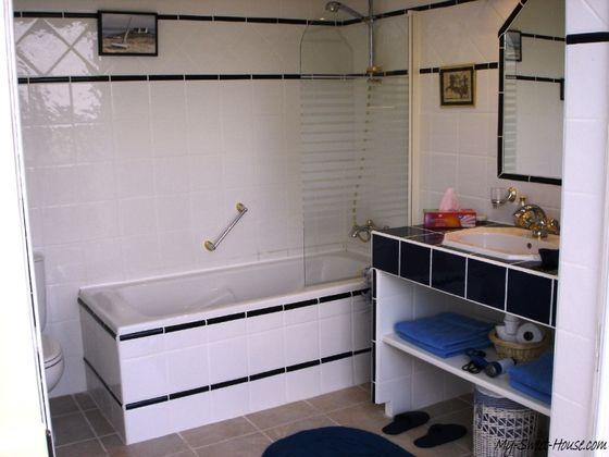 French_Style-Bathroom-Design-Photo2