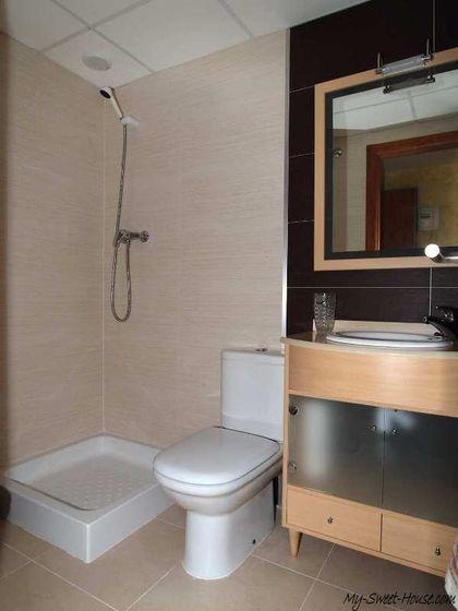 Spanish_Style-Bathroom-Design-Photo2