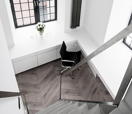 white interior design with black idea 4