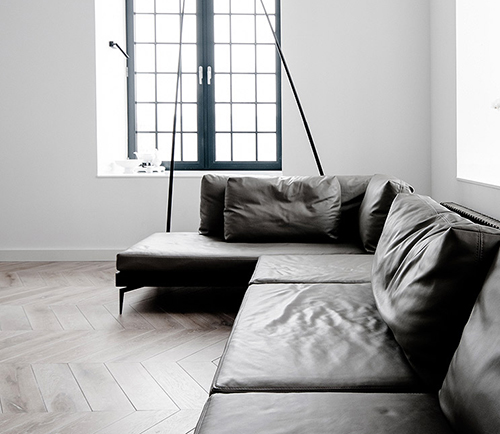 white interior design with black idea 7